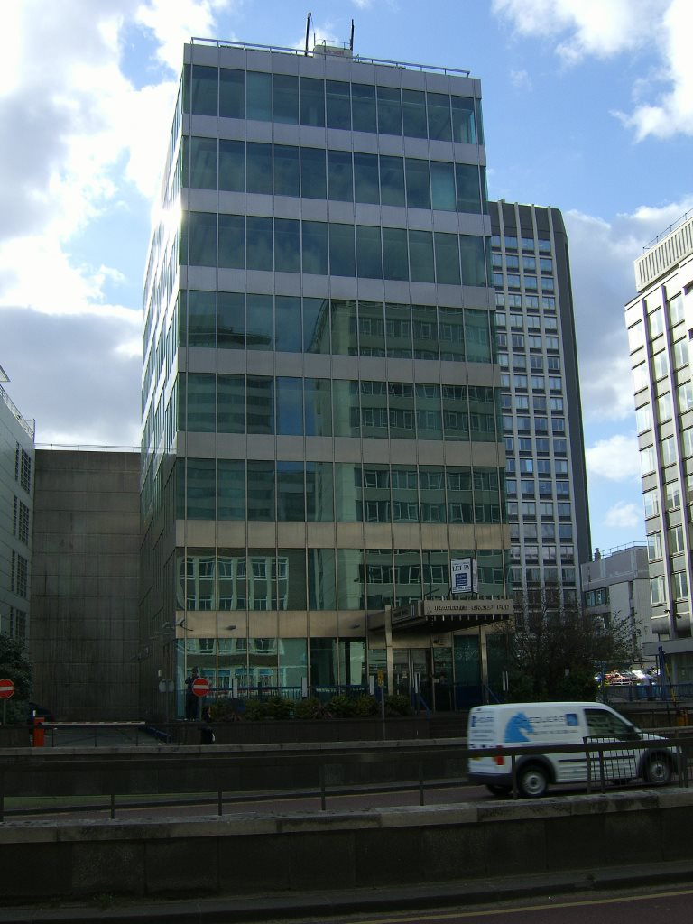Cladding Restoration of Phoenix House, Croydon